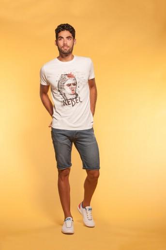http://shop.sidecarweb.com/6807-thickbox/camiseta-hombre-alvarado.jpg